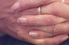 Средства от грибка на руках: какие помогают, а какие только вредят?