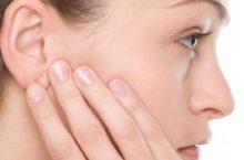 Что делать если прыщ в ухе болит