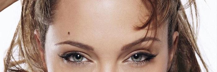 znachenie rodinok na lice u zhenshhiny -  verxnyuyu chast lica